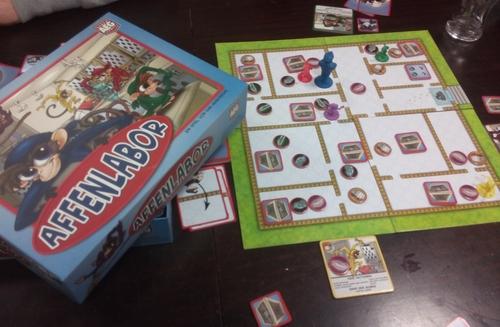 Spiel Affenlabor